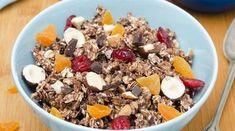 Co je granola a jak připravíte zdravou domácí verzi? Granola, Muesli, Acai Bowl, Cereal, Oatmeal, Food And Drink, Breakfast, Fitness, Recipes For Children