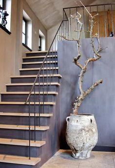 Next to fireplace gorgeous rustic elements in a contemporary setting - BOISERIE & C.: GRIGIO: Elegante per pareti e pavimenti