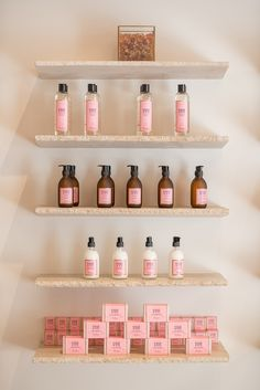 Bastide Luxury Beauty Brand Explores the Savoir Faire of Provence - Perfectly Provence Spa Interior, Beauty Salon Interior, Salon Interior Design, Retail Interior, Luxury Beauty, Beauty Bar, Beauty Shop Decor, Lash Room, Cosmetic Shop