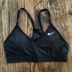 4f15e4aed1dee NIKES- 19 on. Sports Bra SizingNike Pros ...