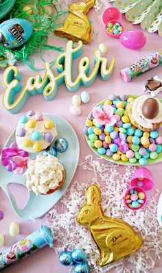 Spring pastels for a beautiful Easter snack table! [ad] Did someone say Vanilla Cupcake M&M's? Exclusively sold at Target. Easter is going to be delicious this year. Save on your favorite treats with the Cartwheel app! Hoppy Easter, Easter Bunny, Easter Eggs, Easter Table, Easter Wallpaper, About Easter, Happy Spring, Spring Time, Vanilla Cupcakes