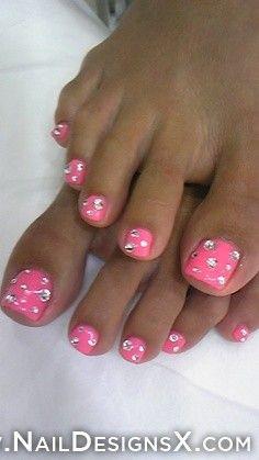 Hot pink wit rhinestones, gotta love it!