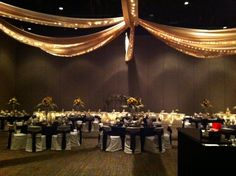 Sunflower themed Wedding at Black Bear Casino Resort in the Otter Creek Event Center. What will your floral arrangements look like? Black Bear Casino Resort You saved to Decorations in Weddings & Events 2 An option for decorating the Otter Creek Event Center at Black Bear Casino Resort. #MYPLACEforWeddings #MYPLACEforEvents #BlackBearCasinoResort #Wedding