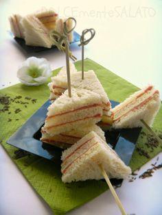 DOLCEmente SALATO: Tramezzini al salame con mousseline al cumino