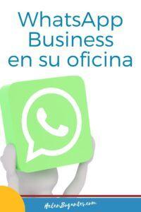 WhatsApp Business Revoluciona su Trabajo | HelenBogantes.com Drink Sleeves, Business, Blog, Company Profile, Messages, Blogging, Store, Business Illustration