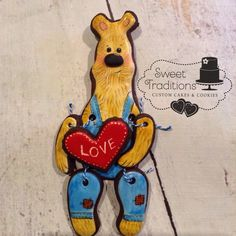 Hand painted Valentines Day cookie Bear Valentines, Valentines Day Cookies, Bear Cookies, Cake Cookies, Custom Cakes, Cookie Decorating, Scooby Doo, Sweet Treats, Hand Painted