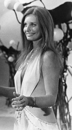 Catherine Schell, Space 1999.