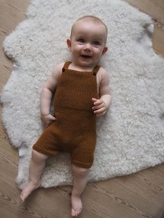 Willum's Summer Overalls pattern by PetiteKnit Magic Loop, Finger Weights, Stockinette, Stitch Markers, Suspenders, Knitting Patterns, Knitting Ideas, Baby Knitting, Overalls