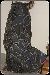 hummm not that easy by the looks of it, but LOVE it ... so going to try it.....  ...DIY patchwork denim skirt