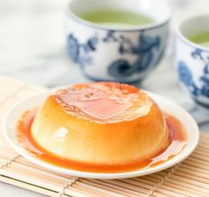 This is a single serving shortcut microwave version of purin pudding, which is a flan-like egg custard dessert. No Egg Desserts, Custard Desserts, Custard Recipes, Mug Recipes, Easy Desserts, Dessert Recipes, Dessert Ideas, Keto Recipes, Health Desserts