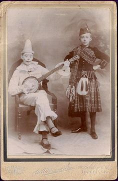 Strange - Clown with banjo and Scottish dancer boy Old Pictures, Old Photos, Vintage Photos, Play That Funky Music, Photographs Of People, Music Humor, Weird Art, Tag Art, Banjos