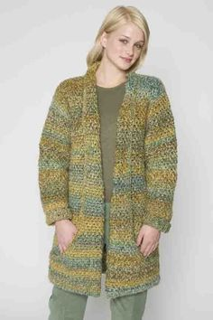Flattering Jacketin Lion Brand Homespun - 60090AD. Discover more Patterns by Lion Brand at LoveKnitting. The world's largest range of knitting supplies - we stock patterns, yarn, needles and books from all of your favorite brands.