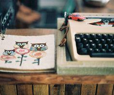 typewriter & owls.