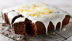 Gingerbread cake with orange icing recipe . This rich, treacly gingerbread is addictively good. Try making it as an alternative to a traditional Christmas cake Food Cakes, Cupcake Cakes, Cupcakes, Orange Icing Recipes, Baking Recipes, Cake Recipes, Dessert Recipes, Gingerbread Cake, Christmas Gingerbread