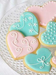 Fancy Cookies, Heart Cookies, Iced Cookies, Cute Cookies, Sugar Cookies, Cookies Et Biscuits, Iced Biscuits, Cupcakes, Cupcake Cookies
