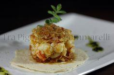 Le mie ricette - Gamberoni scottati agli agrumi, con sfoglie di guanciale croccanti | Tra pignatte e sgommarelli