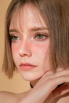 Meet Chloe, The Gorgeous German Model That Looks Like An Elf Cute Makeup, Beauty Makeup, Makeup Looks, Hair Makeup, Aesthetic People, Aesthetic Girl, Face Aesthetic, Girl Face, Woman Face
