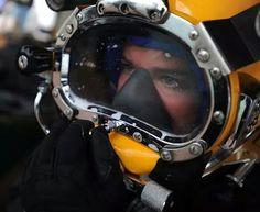 Diving Helmet, Diving Suit, Scuba Diving, Scuba Girl, Hard Hats, Full Face Mask, Helmets, Gentleman, Commercial