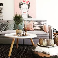 Frida on canvas by Pixers styled by  @homecakelove https://www.instagram.com/p/BVO-BLtFfyI/?taken-by=homecakelove #Pixers #picture #home #interior # design