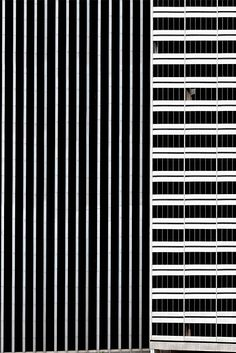 Automonuments by Niv Rozenberg