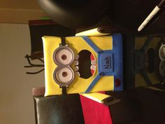 Dispicable me Minion valentines day box Something different for boys on valentines day