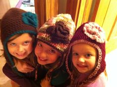 Fleece lined crochet pattern.  I needed ideas on how to line a hat with fleece.  Love the hat pattern too!