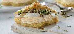 https://www.philadelphia.es/Recetas/Mini croissant con Philadelphia con salmón, bacalao ahumado y tapenade?r=175571