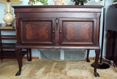 Antique Empire Tiger Oak Buffet Sideboard Server Cabinet