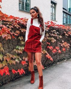 fashion inspo // autumn outfit // red overalls fashion inspo // autumn outfit // red overalls Source by Red Overalls, Overalls Fashion, Outfits With Overalls, Overalls Vintage, Cute Dress Outfits, Cute Casual Outfits, Girly Outfits, Dungarees, Casual Clothes