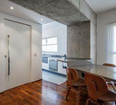Reforma em apartamento na Bela Vista / CR2 Arquitetura