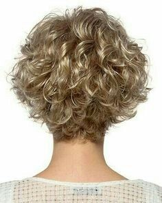 Estetica Designs Wigs Meg The Effective Pictures We Offer You About curly hair cuts black A quality Haircuts For Curly Hair, Curly Hair With Bangs, Curly Hair Cuts, Curly Bob Hairstyles, Wavy Hair, Short Hair Cuts, Short Curls, Choppy Haircuts, Black Hairstyles