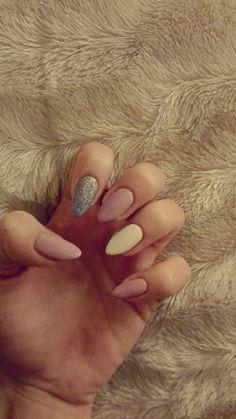 Semilac nails 🙃💋