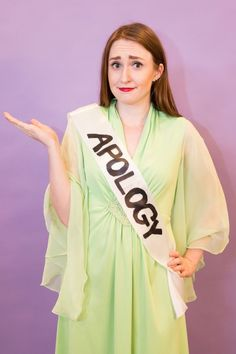 f75252ad153 25+ Pun Halloween Costumes That Are Too Good to Pass Up. Easy Homemade Halloween  CostumesPun CostumesTeacher Halloween CostumesLast Minute ...