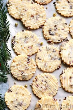 Bright and buttery cranberry orange shortbread cookies drizzled with white chocolate are a must bake for your holiday cookie platter! Galletas Cookies, Cut Out Cookies, No Bake Cookies, Cookies Et Biscuits, Holiday Cookies, Candy Cookies, Cookie Desserts, Just Desserts, Cookie Recipes