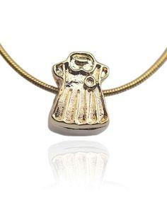 97b2fa8d84371 Berloque Vestido Infantil Banhado a Ouro 18K Semi Joias
