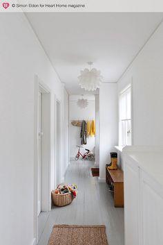nice white hallway with light grey floor White Hallway, Interior Design, House Interior, White Floors, Interior, White Painted Floors, Home Deco, White Interior, Home Decor