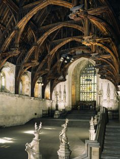 Westminster Hall, London, England - Unesco World Heritage Site. Westminster Hall is the oldest existing part of the Palace of Westminster, built in 1097 at which point it was the largest Hall in Europe. Beautiful Architecture, Art And Architecture, London Architecture, Richard Ii, Abandoned Places, Abandoned Castles, Haunted Places, Abandoned Mansions, Abandoned Library