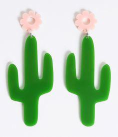 Brinco feminino Modelo divertido Formato de cactus Marca: Accessories Material: Acrílico COLEÇÃO VERÃO 2017 Veja outras opções de brincos femininos.