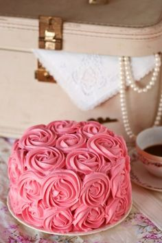 Ladylike wedding cake