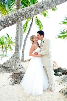 Destination wedding Dominican Republic palm trees sandy beaches kiss love romance Sandy Beaches, Dominican Republic, Palm Trees, Destination Wedding, Kiss, Romance, Wedding Dresses, Photography, Palm Plants