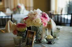 This centerpiece is so simple and elegant   {Real Plus Size Wedding} Pink and Gray Florida Garden Wedding   Photography by Pure Sugar Studios   Pretty Pear Bride