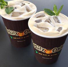 Mint mojito - Philz coffee Mint Coffee, Mint Mojito, Philz Coffee, Junior Year, Oclock, Usa Travel, Coffee Shop, Starbucks, Madness