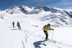 Il Mezzalama sfida la bufera, gli alpini vincono la maratona delle nevi