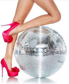 Disco show off #discoball #disco #stayinalivenovi