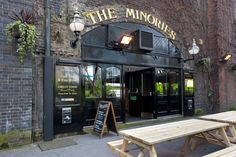 The Minories, London Typical London Pub London Pubs, London City, Manchester City, British Pub, Madrid, Things To Do In London, Travel Pictures, Travel Pics, City Break