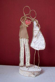 Je vous offre mon coeur - Technique by epistyle.blogspot.fr Paper Mache Crafts, Wire Crafts, Jewelry Crafts, Diy And Crafts, Arts And Crafts, Wire Art Sculpture, Wire Sculptures, Paper People, Scrapbook Embellishments