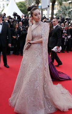 ¿Qué? Elie Saab Alta Costura.¿Dónde? Festival de Cine de Cannes de 2012.¿Por qué? Porque Bingbing ve... - Copyright © 2017 Hearst Magazines, S.L.