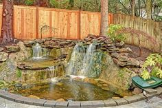 Stunning waterfalls: Location location location!   This home is located near Microsoft, and Lake Sammamish.  ((Audubon Elem)) The home offers 4 or 5 beds rooms, formal dining, theater room, and 2,860sf of well-appointed space.  Newly updated, award winning schools, and within minutes to all city amenities. private entertaining backyard space, and on a large safe cul-de-sac dead in street.  ((MOVE IN READY)).