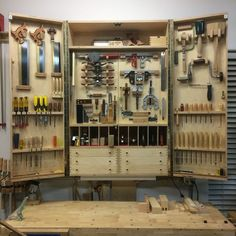 A blog about woodworking, furniture design and making in US Korean