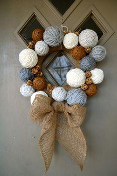 Holiday Crafts: Yarn Ball Wreath